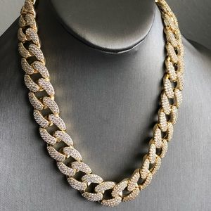 Other - Iced Out Diamond Gold Cuban Link Chain 18mm